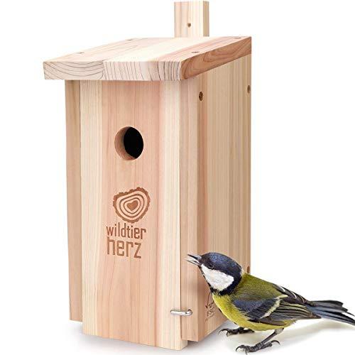 Wildtier Cœur | Nichoir Naturel pour Fumiers & Co. – Bois massif vissé, non traité, résistant aux intempéries, mangeoire pour les maïs, aide au nid avec une cloche d'influence de 32 mm.